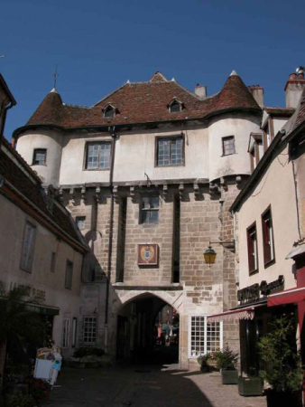 OFFICE DE TOURISME DES TERRES D'AUXOIS Office de tourisme Semur-en-Auxois photo n° 69070