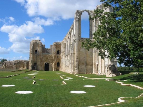 ABBAYE DE MAILLEZAIS Abbaye – Monastère – Couvent Maillezais photo n° 121608 - ©ABBAYE DE MAILLEZAIS