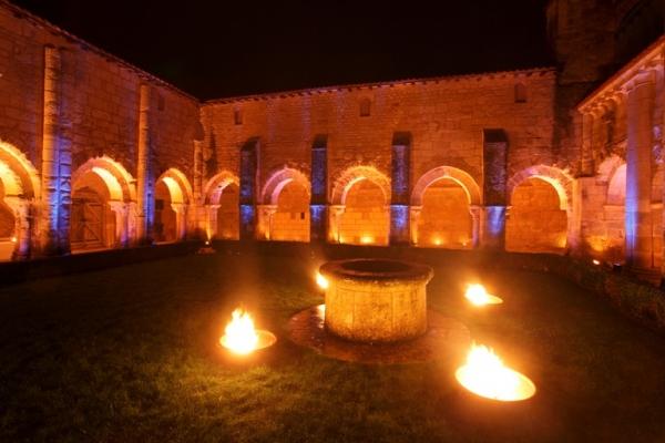 ABBAYE DE NIEUL-SUR-L'AUTISE Abbaye – Monastère – Couvent Nieul-sur-l'Autise photo n° 121604 - ©ABBAYE DE NIEUL-SUR-L'AUTISE