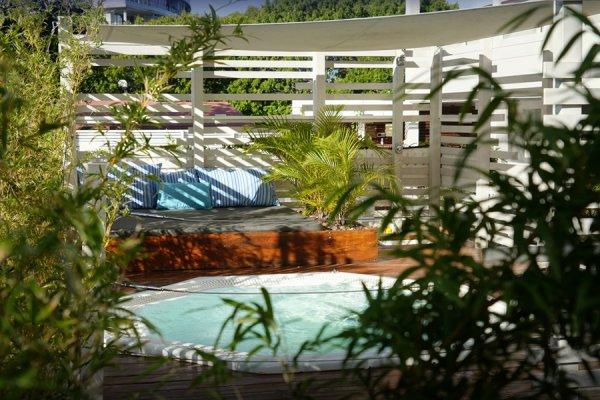 Spa Pool - ©HÔTEL LE LAGON