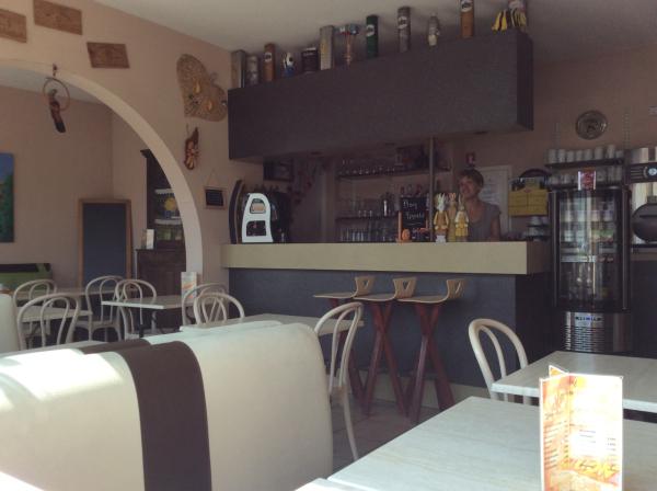 Bar - ©HÔTEL ORANGE MARINE