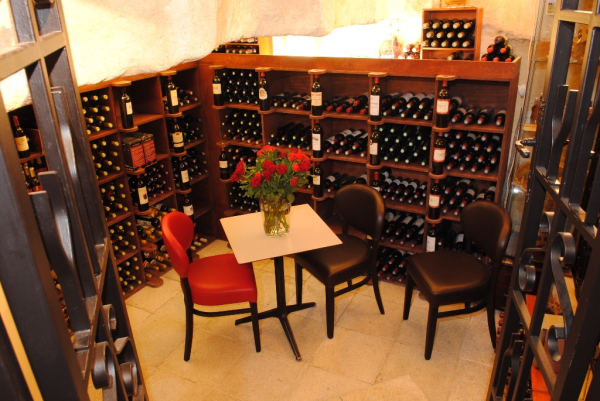 Cave à vins - ©LA CÔTE BRAISÉE