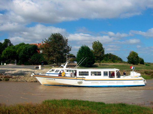 VEDETTE LA BOHEME II ET LA BOHEME III Visites - Points d'intérêt Le Verdon-sur-Mer photo n° 5121