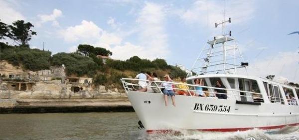 VEDETTE LA BOHEME II ET LA BOHEME III Visites - Points d'intérêt Le Verdon-sur-Mer photo n° 5117