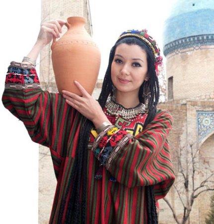 La fille ouzbeke - ©OLYMPIC TOUR SERVICE