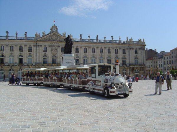 TRAIN TOURISTIQUE Bus – Petit train Nancy photo n° 29929 - ©TRAIN TOURISTIQUE