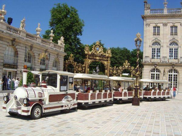 TRAIN TOURISTIQUE Bus – Petit train Nancy photo n° 29930 - ©TRAIN TOURISTIQUE