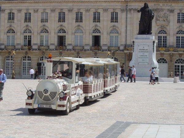 TRAIN TOURISTIQUE Bus – Petit train Nancy photo n° 29927 - ©TRAIN TOURISTIQUE
