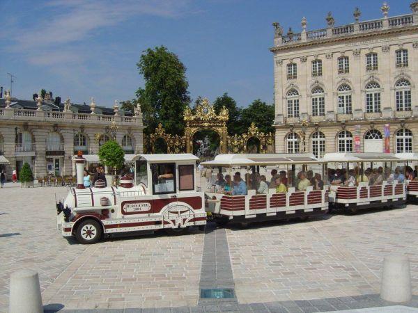 TRAIN TOURISTIQUE Bus – Petit train Nancy photo n° 29928 - ©TRAIN TOURISTIQUE