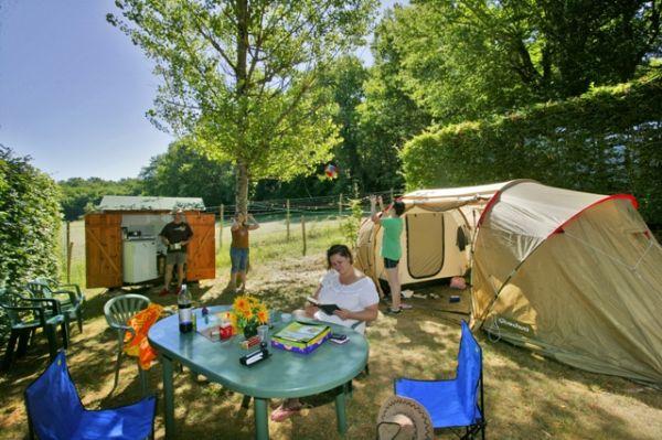 CAMPING LE PONT DE MAZERAT Camping Tamniès photo n° 16182 - ©CAMPING LE PONT DE MAZERAT