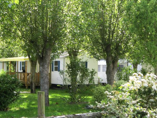 Domaine le jardin du marais camping le perrier 85300 - Camping domaine le jardin du marais ...