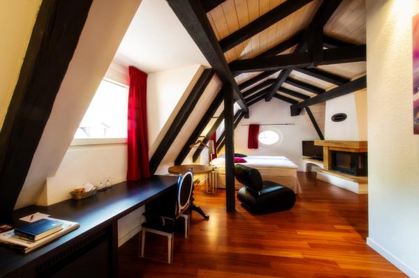 TRALALA HOTEL Hébergement Montreux photo n° 167331