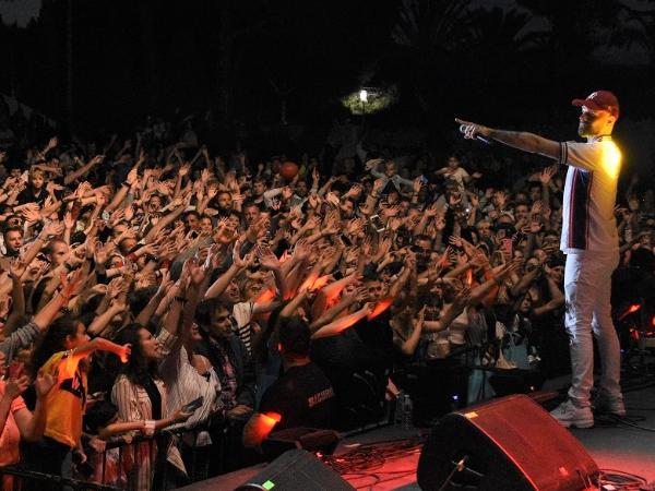 Keen'V au Kiss FM Live de Golfe-Juan - ©Gérald