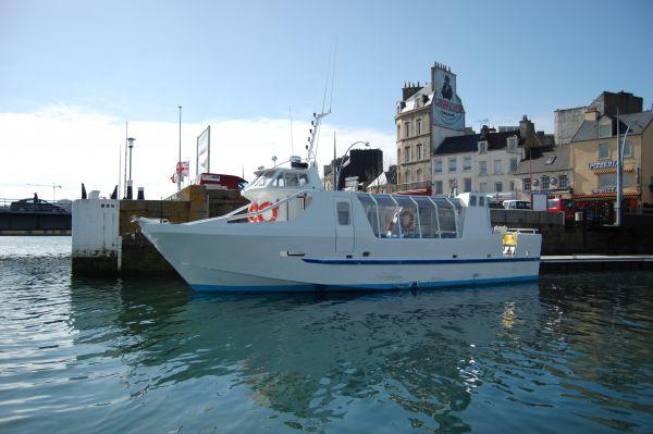 PROMENADE EN MER À BORD DE L'ADÈLE-HAGUE A PART Sur l'eau Cherbourg-en-Cotentin photo n° 70490 - ©PROMENADE EN MER À BORD DE L'ADÈLE-HAGUE A PART