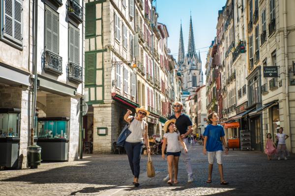 Office de tourisme office de tourisme bayonne 64100 - Bayonne office de tourisme ...