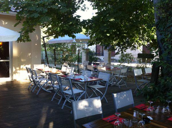 LES PIEDS SOUS LA TABLE Cocina francesa Esteras photo n° 43807