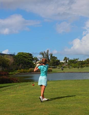 golf - ©BWA CHIK HOTEL & GOLF