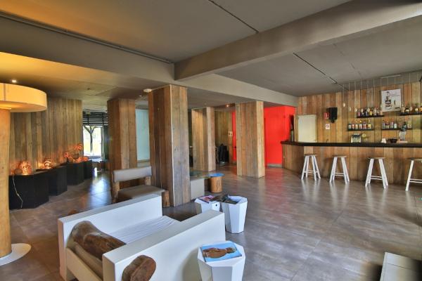 Bar Le Birdy - ©BWA CHIK HOTEL & GOLF