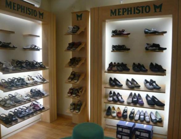 6154582f10e644 LES CHAUSSEURS DU PASSAGE - Magasin de chaussures - Mulhouse (68100)