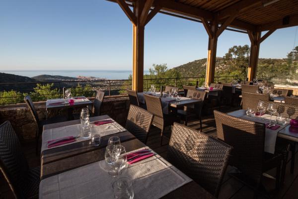 terrasse restaurant - ©LA SANTA