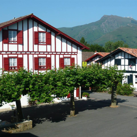 hotels pays basque