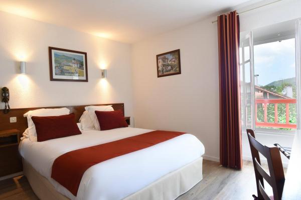 hotels sare