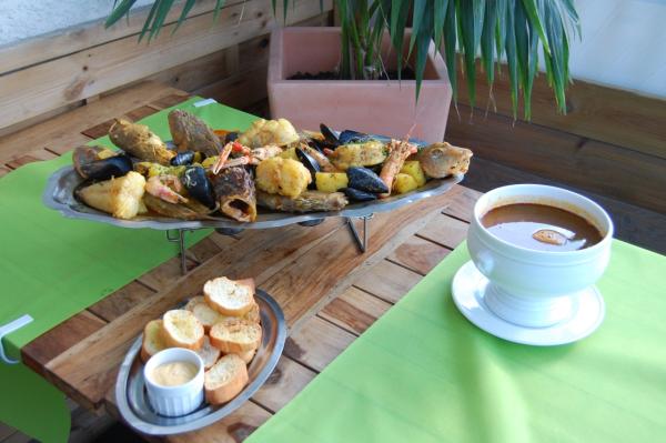 LE FOURNELET Restaurant fruits de mer – Poissons Saintes-Maries-de-la-Mer photo n° 178395 - ©LE FOURNELET