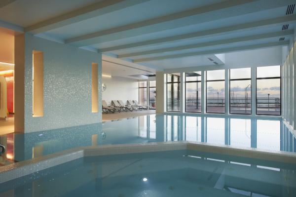 Real Marina Hotel