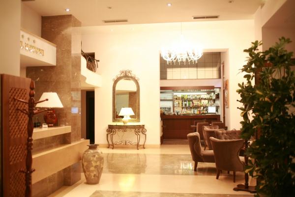 BOUTIQUE HOTEL KOTONI Hotel Tirana Tiranë photo n° 151236 - ©BOUTIQUE HOTEL KOTONI