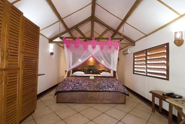 bungalow supérieur - ©LE JARDIN MAORÉ