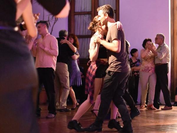 Activité Tango - ©Academia Buenos Aires