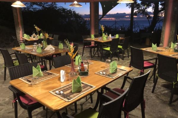 Restaurant - ©TAMARIND TREE HOTEL