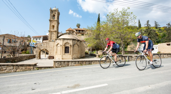 Cycling - ©CYPRUS VILLAGES