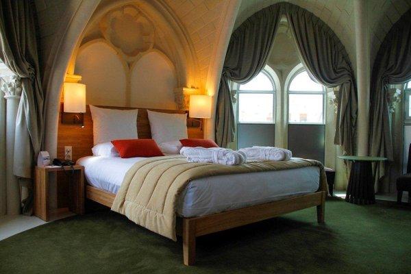 Suite hôtel - ©LES ARCHIVES