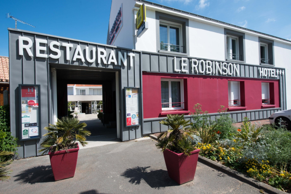 Le Robinson - ©HÔTEL-RESTAURANT LE ROBINSON