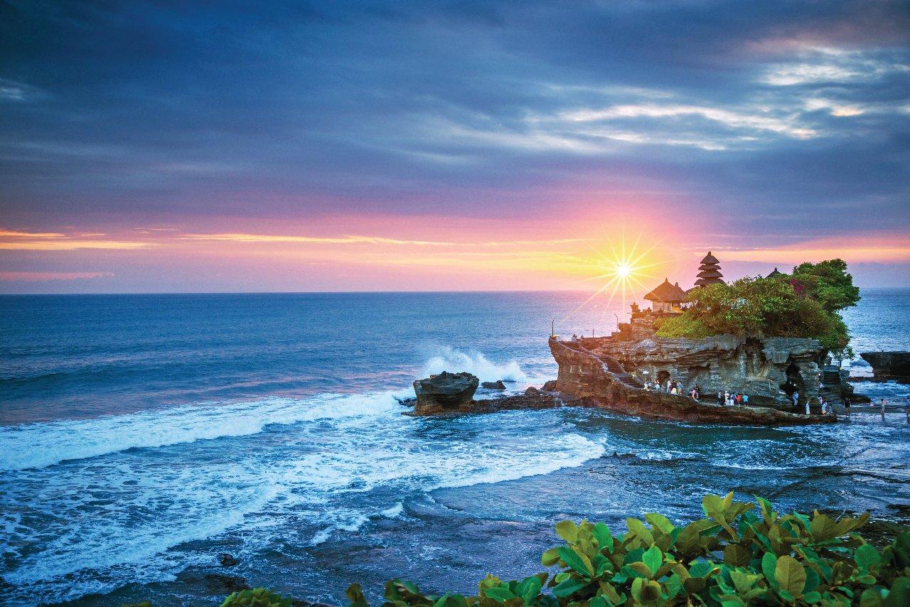 indone-sie-bali-temple-tanah-lot-c-nikada