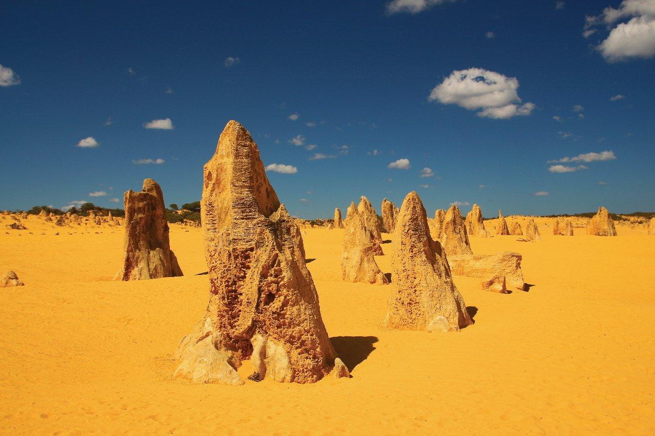 australie-pinnacles-desert-c-totajla