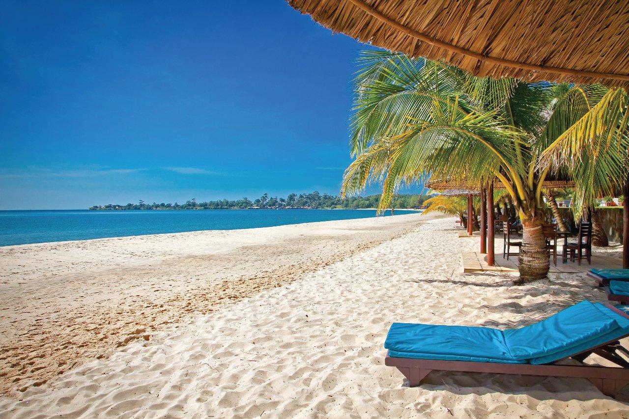 Belle plage tropicale Sokha à Sihanoukville