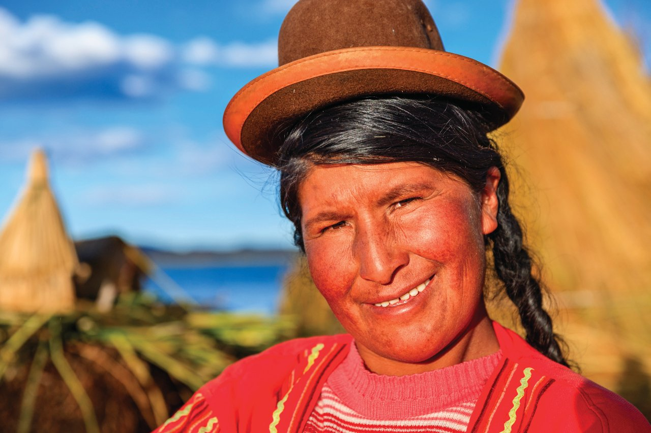 portrait-of-peruvian-woman-on-uros-floating-island-lake-tititcaca-c-hadynyah